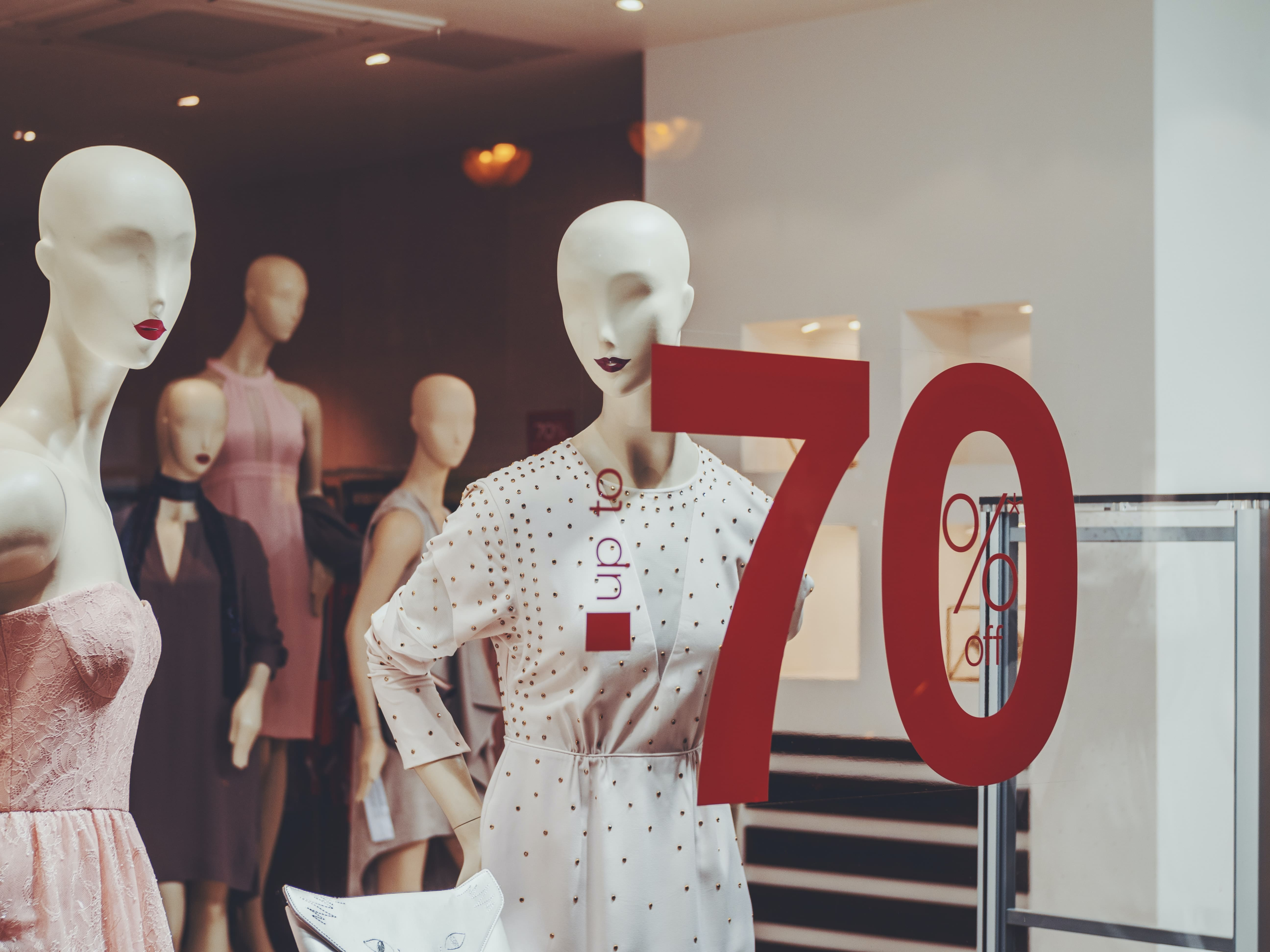 how can retailers minimize returns